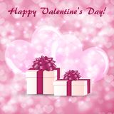 Tarjeta de felicitación del día de tarjeta del día de San Valentín con las cajas de regalo en el fondo de corazones grandes stock de ilustración