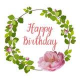 Tarjeta de felicitación hermosa con una guirnalda de las rosas y de las letras del rosa de la primavera en el fondo blanco Imágenes de archivo libres de regalías