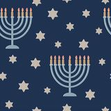 Tarjeta de felicitación de Jánuca con la lámpara y una estrella Seis-acentuada
