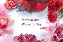 Tarjeta de felicitación para el día de las mujeres internacionales Fotos de archivo libres de regalías