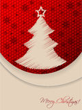 Tarjeta de felicitación roja de la Navidad con la parte posterior garabateada del árbol y del hexágono Foto de archivo