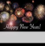 Tarjeta de la Feliz Año Nuevo y bandera del web con los fuegos artificiales imagen de archivo libre de regalías