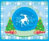 Tarjeta de la Feliz Navidad con los copos de nieve y el reno Imagenes de archivo
