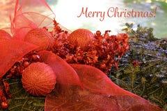 Tarjeta de la Feliz Navidad, decoración de la Navidad en el founta de Mandusevac Imagen de archivo libre de regalías