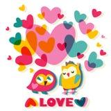 Tarjeta de la historieta del amor del corazón y de los búhos Imagenes de archivo