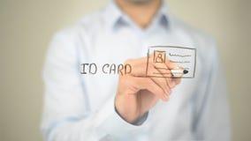 Tarjeta de la identificación, ejemplo, escritura del hombre en la pantalla transparente foto de archivo libre de regalías