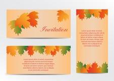 Tarjeta de la invitación con las hojas coloridas del otoño Fotos de archivo libres de regalías