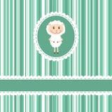 Tarjeta de la invitación con las ovejas divertidas en backgro de la raya Imagenes de archivo