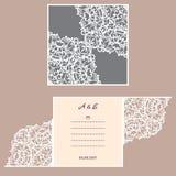 Tarjeta de la invitación o de felicitación de la boda con el ornamento abstracto Plantilla del sobre del vector para el corte del Foto de archivo libre de regalías
