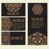 Tarjeta de la invitación y del aviso de la boda con el ornamento en estilo árabe Modelo del Arabesque Ornamento étnico del este Imágenes de archivo libres de regalías