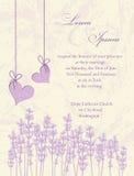 Tarjeta de la invitación de la boda.  Fondo de la lavanda. Fotografía de archivo libre de regalías