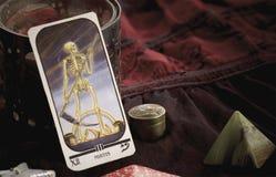 Tarjeta de la muerte del tarot Imagenes de archivo