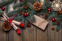 Tarjeta de la Navidad o del Año Nuevo con el espacio para los saludos Imagen de archivo libre de regalías