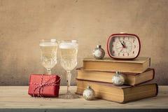 Tarjeta de la Navidad retra del estilo y del Año Nuevo Imagen de archivo libre de regalías