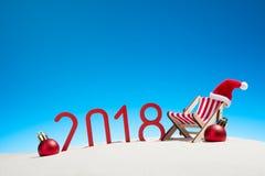 Tarjeta de la Navidad tropical y del Año Nuevo 2018 Foto de archivo libre de regalías