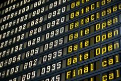 Tarjeta de la salida en aeropuerto Fotos de archivo libres de regalías