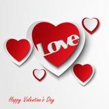 Tarjeta de la tarjeta del día de San Valentín con los corazones rojos Imagenes de archivo
