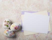 Tarjeta de los huevos de Pascua Imágenes de archivo libres de regalías