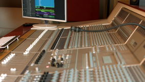 Tarjeta de mezcla del estudio de grabación metrajes