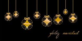 Tarjeta de Navidad adornada con la bola de plata, y enhorabuena de oro del ` de la Feliz Navidad del `, en fondo negro Lenguaje e stock de ilustración