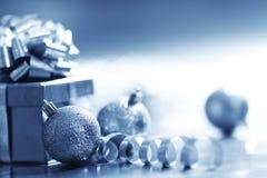 Tarjeta de Navidad azul Imagen de archivo libre de regalías