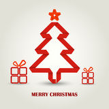 Tarjeta de Navidad con el árbol de navidad rojo de papel doblado Fotografía de archivo