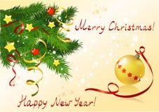 Tarjeta de Navidad con el árbol de navidad y la bola Foto de archivo libre de regalías