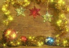 Tarjeta de Navidad con las bolas de la Navidad Foto de archivo libre de regalías