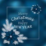 Tarjeta de Navidad con las ramas del abeto y las flores azules Fotos de archivo