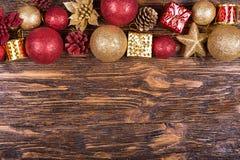 Tarjeta de Navidad con los juguetes Fotos de archivo libres de regalías