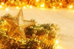 Tarjeta de Navidad de oro Fotografía de archivo libre de regalías