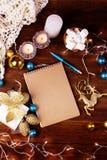 Tarjeta de Navidad del papel en blanco copyspace del invierno y de la Navidad co Fotografía de archivo