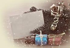 Tarjeta de Navidad del vintage, sepia entonada imagenes de archivo