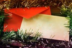 Tarjeta de Navidad en blanco del grunge con malla coloreada Imagen de archivo libre de regalías