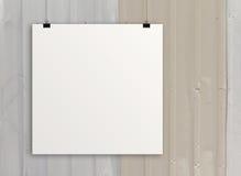 Tarjeta de papel en blanco 3d en la pared de la composición Imagen de archivo