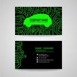 Tarjeta de visita - coche verde y placa de circuito impresa electrónica en fondo negro stock de ilustración