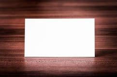 Tarjeta de visita en blanco de la identidad corporativa. Fotos de archivo
