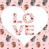 Tarjeta del amor de la tarjeta del día de San Valentín con los buhos y los corazones Fotografía de archivo libre de regalías