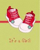 Tarjeta del bebé del saludo con los zapatos Fotografía de archivo
