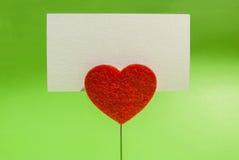 Tarjeta del clip del corazón Imágenes de archivo libres de regalías