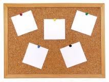 Tarjeta del corcho con las notas Imagenes de archivo