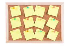 Tarjeta del corcho con las notas en blanco Fotografía de archivo libre de regalías