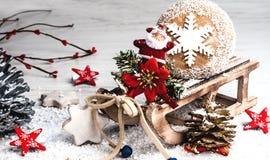 Tarjeta del día de fiesta en colores brillantes en el fondo blanco y x28; Año Nuevo, Chr Fotos de archivo libres de regalías