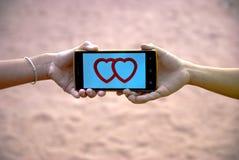 Tarjeta del día de San Valentín móvil del corazón para el día feliz Imágenes de archivo libres de regalías