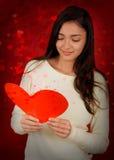 Tarjeta del día de tarjeta del día de San Valentín de la lectura de la muchacha Imagen de archivo