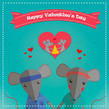 Tarjeta del día de tarjetas del día de San Valentín con el ratón romántico de los pares Muchacho y muchacha del ratón Ilustración Fotos de archivo libres de regalías