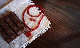 Tarjeta en un estilo retro por día del ` s de la tarjeta del día de San Valentín Imagen de archivo libre de regalías