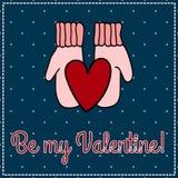 Tarjeta - enhorabuena al día del corazón de la tarjeta del día de San Valentín en manoplas ¡Sea mi tarjeta del día de San Valentí Imagenes de archivo
