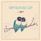 Tarjeta feliz del día de tarjetas del día de San Valentín con los pájaros del amor y Foto de archivo