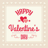 Tarjeta feliz del día de tarjetas del día de San Valentín en crema y rojo Foto de archivo libre de regalías